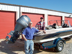 Al & Beth pick up their new Ranger Walleye Machine